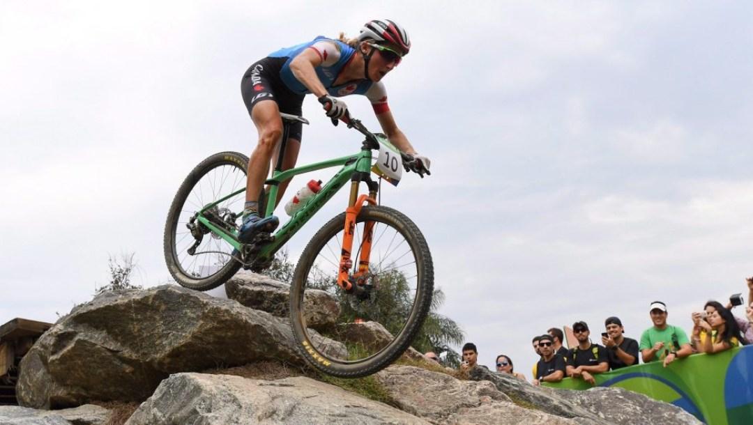 cyclisme-equipe-canada-montagne