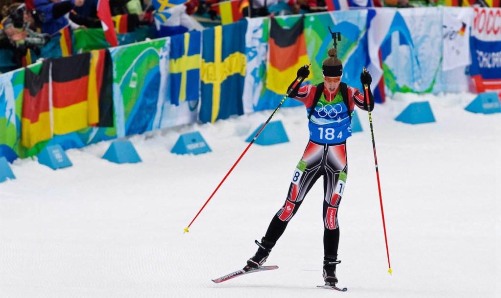 Megan Tandy sur la ligne d'arrivée aux Jeux de Vancouver