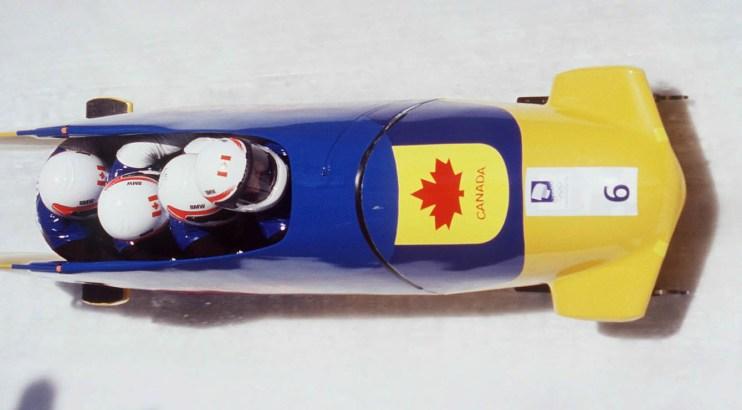 Le bobsleigh à quatre sur la piste