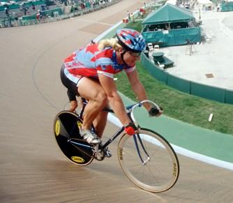 Curt Harnett pendant l'épreuve de cyclisme sur piste à Atlanta 1996 (Photo : PC)