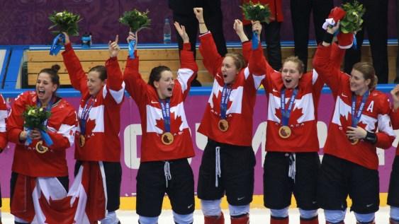 L'équipe féminine de hockey du Canada - Sotchi 2014.