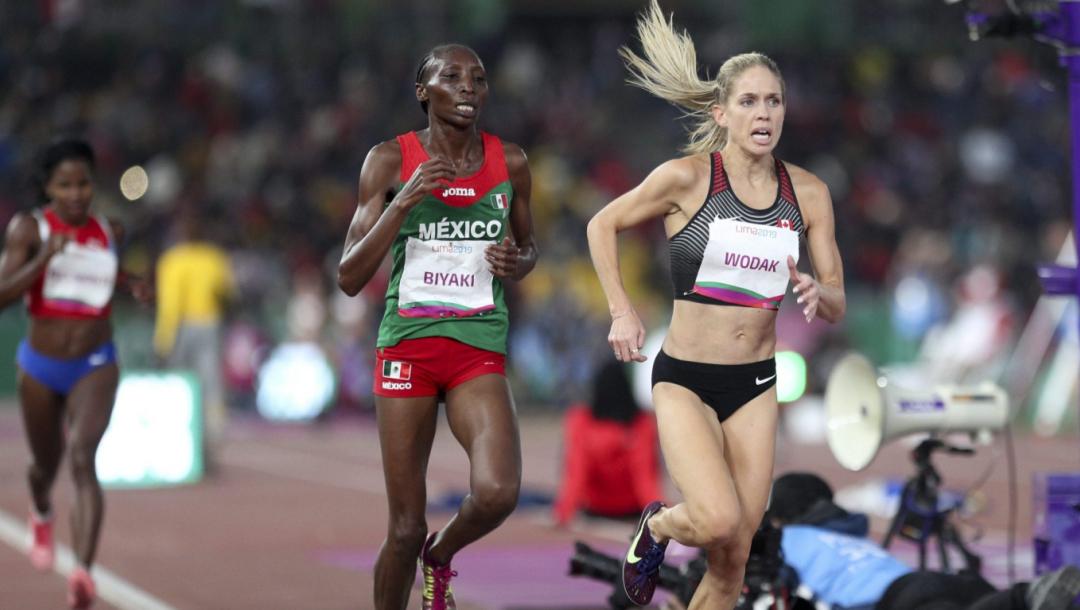 Trois coureuses en action