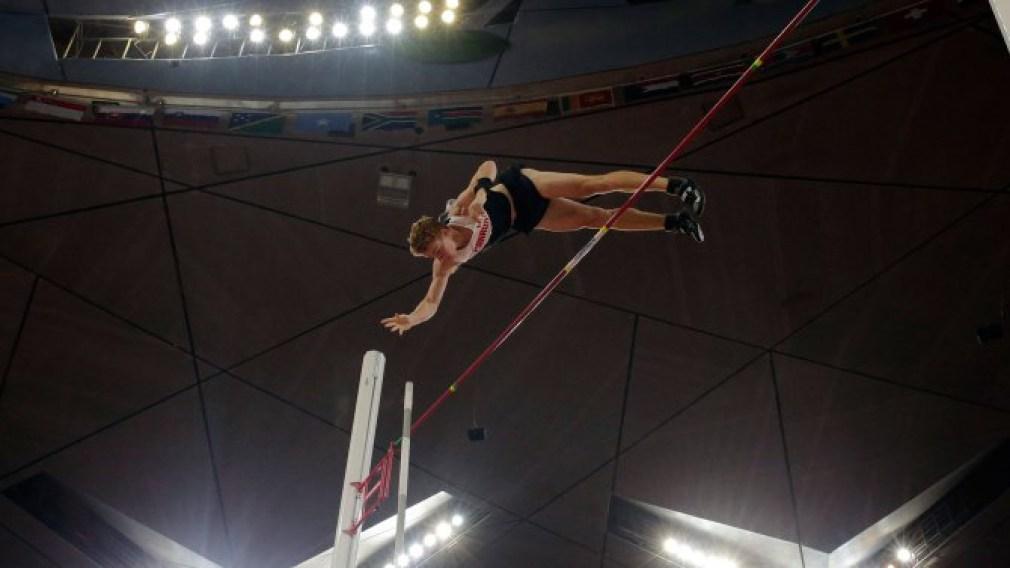 Shawnacy Barber champion du monde au saut à la perche