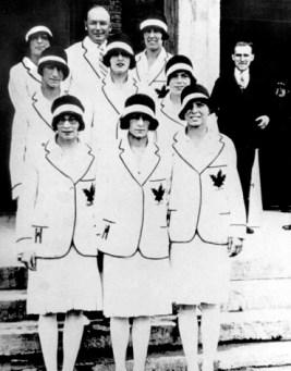 L'équipe féminine du Canada aux Jeux olympiques de Amsterdam de 1928. (PC Photo/AOC)