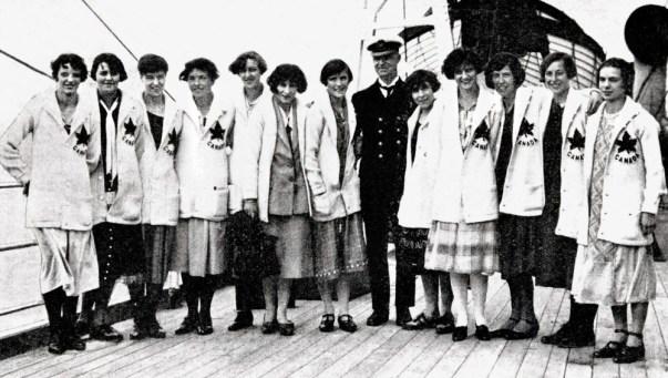 L'équipe d'athlétisme féminine du Canada participe aux Jeux olympique de Paris de 1924. (Photo PC/AOC)