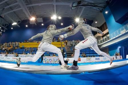 Joseph Polossifakis (à droite) aux Jeux panaméricains de 2015, à Toronto.