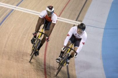 Hugo Barrette (droite) lors de la finale du sprint aux Jeux panaméricains de Toronto, le 18 juillet 2015. THE CANADIAN PRESS/Chris Young
