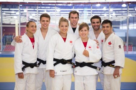 Les judokas qualifiés pour Rio 2016 (G-D) : Ecaterina Guica, Arthur Margelidon, Kelita Zupancic, Antoine Valois-Fortier, Catherine Beauchemin-Pinard, Antoine Bouchard et Sergio Pessoa. Kyle Reyes est absent de la photo.