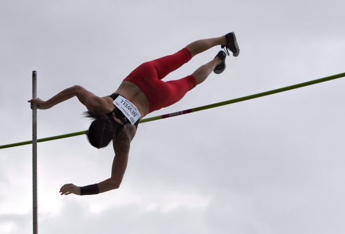 Anicka Newell makes her vault during the senior women's pole vault finals at the Canadian Track and Field Championships and Selection Trials for the 2016 Summer Olympic and Paralympic Games, in Edmonton, Alta., on Sunday July 10, 2016.THE CANADIAN PRESS/Jason Franson