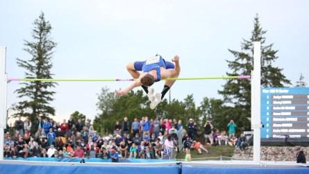 Derek Drouin aux Essais olympiques d'Athlétisme Canada, le 9 juillet 2016.