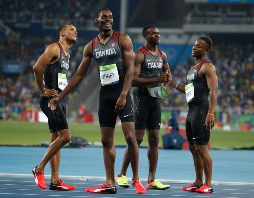 Les Canadiens décrochent le bronze olympique lors de la finale du relais 4x100 m au stade olympique de Rio de Janeiro, vendredi le 19 août 2016. (Photo : COC/Mark Blinch)