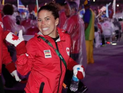 Roseline Filion, médaillée de bronze à la plateforme du 10 m synchronisé, lors de la cérémonie de clôture des Jeux olympiques de Rio 2016. Photo : COC
