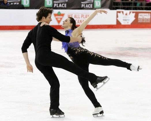 Tessa Virtue et Scott Moir aux Championnats canadiens, le 20 janvier 2017 (Photo : Greg Kolz)