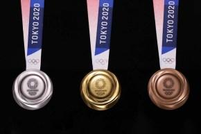 Les trois médailles olympiques de Tokyo 2020.