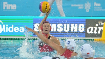 Axelle-Crevier-CAN-vs-CHI-water-polo-budapest