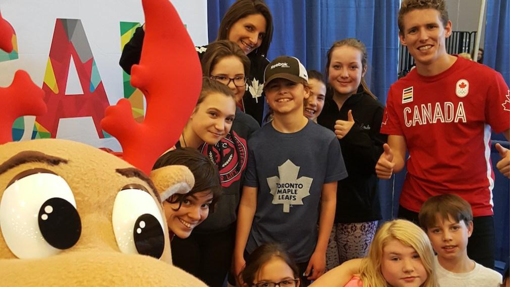 Des olympiens canadiens célèbrent la Journée olympique 2016 à St. John's