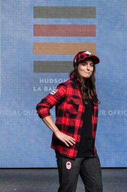 Kelsey Serwa lors du dévoilement de la collection d'Équipe Canada pour PyeongChang 2018, à Toronto, le 3 octobre 2017. (Photo : COC)