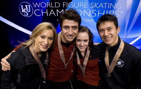 Équipe Canada - Joannie Rochette, Scott Moir, Tessa Virtue, Patrick Chan - Mondiaux de patinage artistique de Los Angeles
