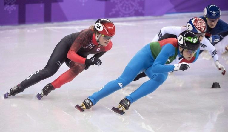 Kim Boutin patine lors de la finale du 500 m en patinage de vitesse sur courte piste. LA PRESSE CANADIENNE/PAUL CHIASSON
