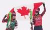 Gloire partagée pour les meilleures amies Serwa et Phelan en ski cross