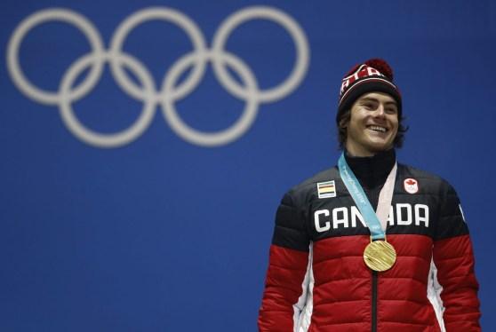 Le médaillé d'or du big air en snowboard, Sébastien Toutant. (AP Photo/Patrick Semansky)