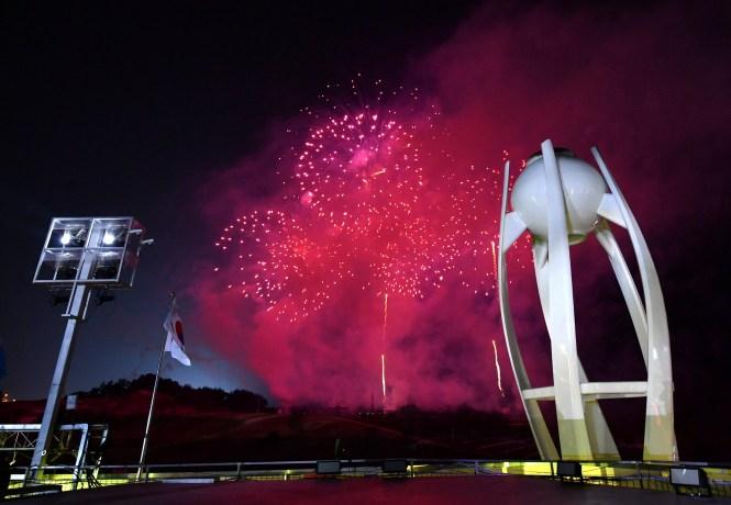 La flamme olympique s'est éteinte à la cérémonie de clôture, mettant officiellement fin aux Jeux de PyeongChang. (Florien Choblet/Pool Photo via AP)