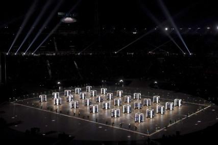 Un spectacle haut en couleur a été offert à l'occasion de la cérémonie d'ouverture de PyeongChang 2018.(Christof Stache/Pool Photo via AP)