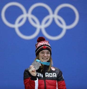 Kim Boutin a remporté la médaille d'argent au 1000 m en patinage de vitesse sur courte piste. LA PRESSE CANADIENNE - COC - David Jackson
