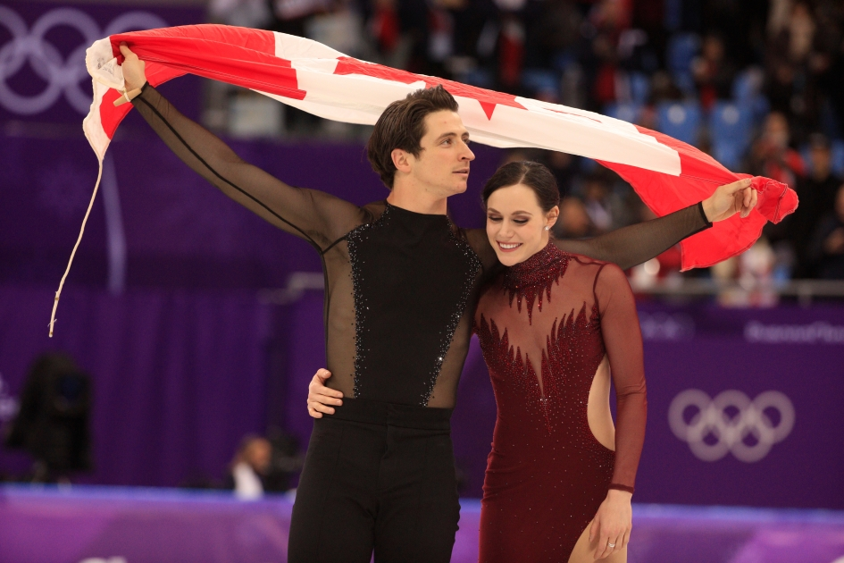 Tessa Virtue et Scott Moir patinent vers l'or en danse sur glace aux PyeongChang 2018. THE CANADIAN PRESS/HO - COC Ð