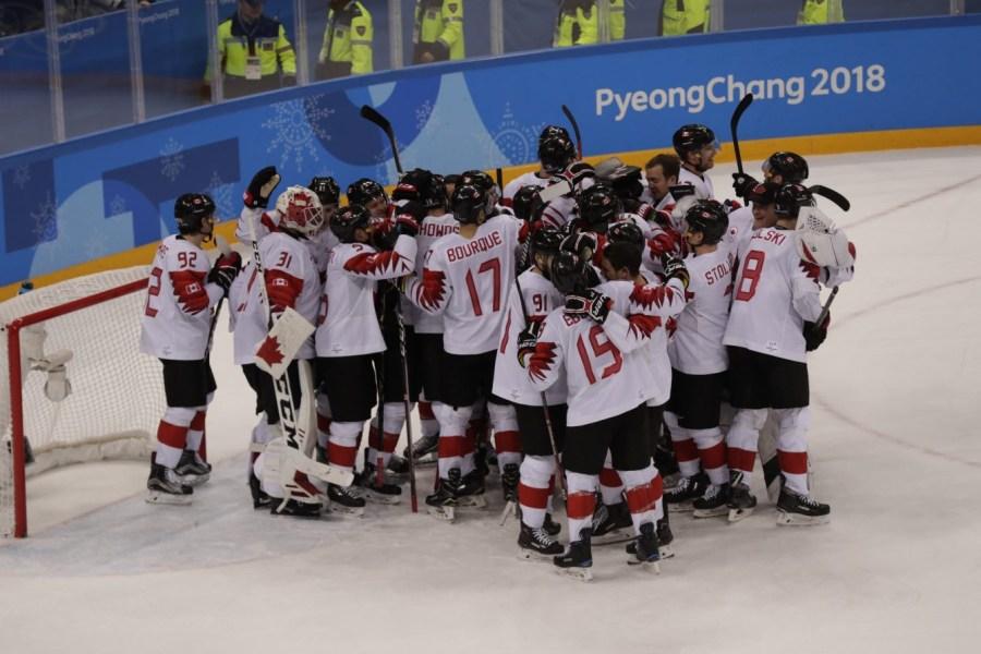 Équipe Canada a remporté la médaille de bronze en hockey masculin. (Photo: Jason Ransom/COC)