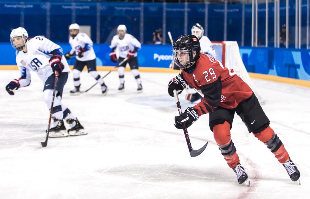 Marie-Philip Poulin lors du match CAN-USA aux Jeux olympiques de PyeongChang 2018, le 15 février 2018.