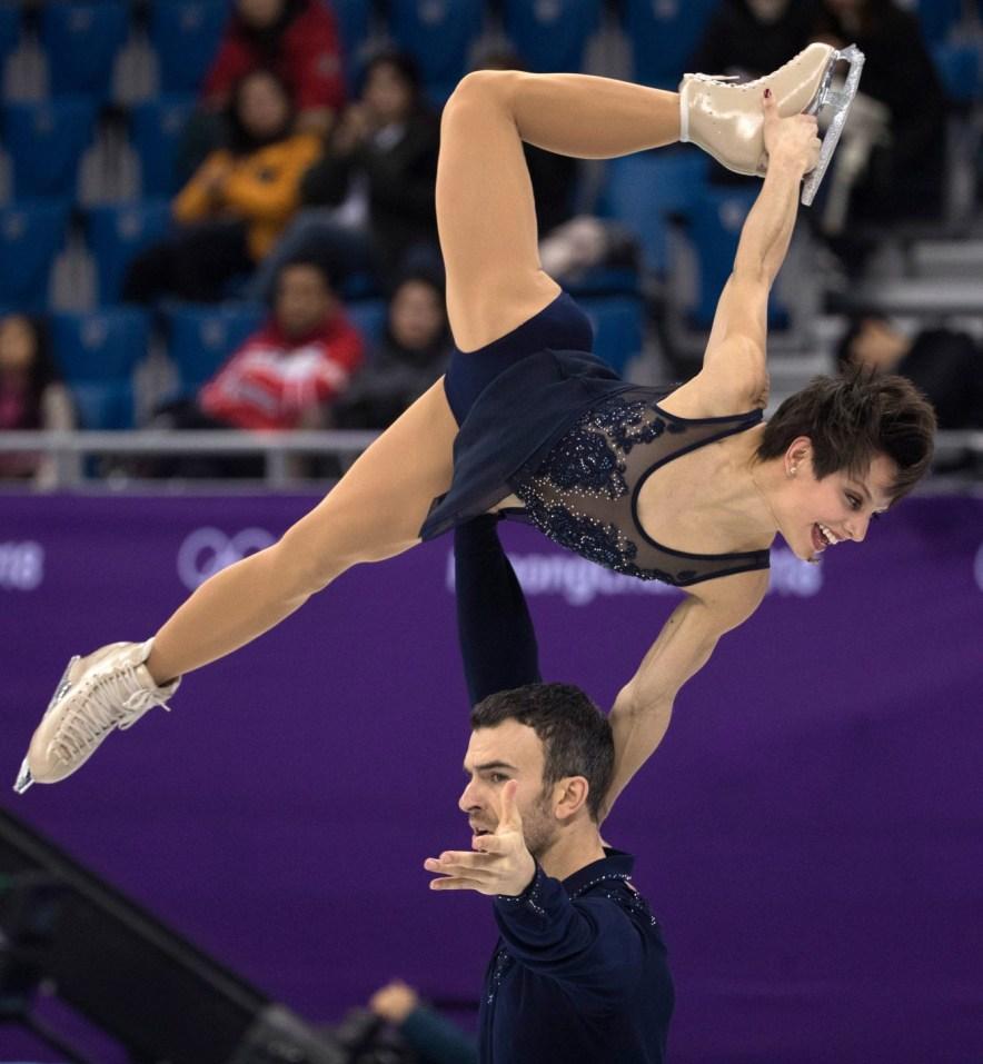 Meagan Duhamel et Eric Radford lors du programme court chez les couples aux Jeux olympiques de PyeongChang 2018 (Photo COC Jason Ransom)