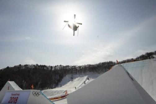 Alex Beaulieu-Marchand en action lors de la finale en ski slopestyle. (Photo/David Jackson)