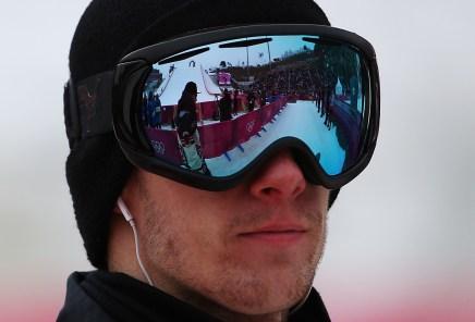 Max Parrot lors de la finale du big air en snowboard. (Photo par Vaughn Ridley/COC)