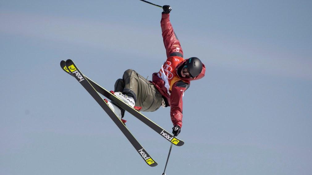 Evan McEachran remporte l'or en ski slopestyle au Dew Tour