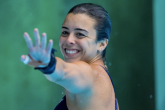 Meaghan Benfeito envoie la main lors de l'épreuve de la plateforme 10 m aux Séries mondiales de plongeon FINA, le 2 mars 2019, à Sagamihara, au Japon. (Plongeon Canada/Twitter)