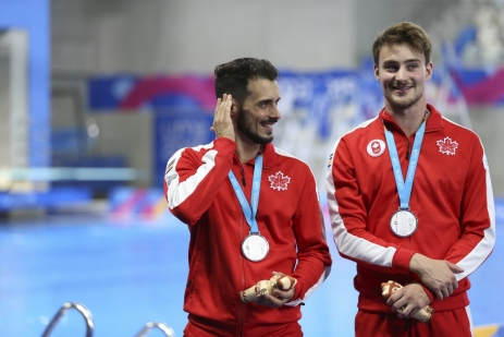 François Imbeau-Dulac et Philippe Gagné avec leurs médailles d'argent de Lima 2019