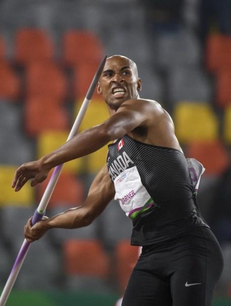 Damian Warner participe au javelot lors du décathlon aux Jeux panaméricains de Lima, au Pérou, le 7 août 2019. Photo : Christopher Morris/COC