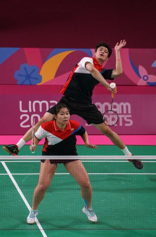 Josephine Wu et Joshua Hurlburt-Yu en badminton à Lima 2019