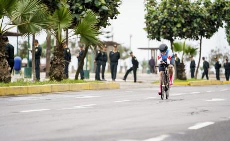 Laurie Jussaume participe au contre-la-montre en cyclisme sur route aux Jeux panaméricains de Lima, au Pérou, le 7 aoput 2019. Photo : Dave Holland/COC