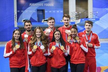 Équipe Canada et ses médailles au bassin de plongeon de Lima 2019