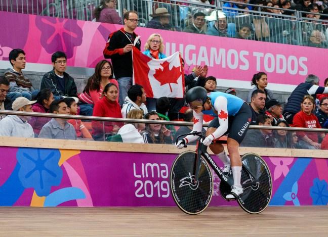 Kelsey Mitchell pendant le sprint féminin à Lima 2019