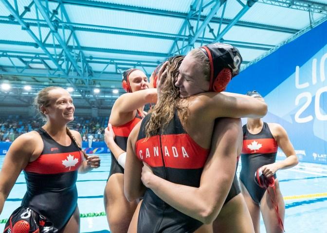 Équipe Canada célèbre sa qualification olympique à Lima 2019