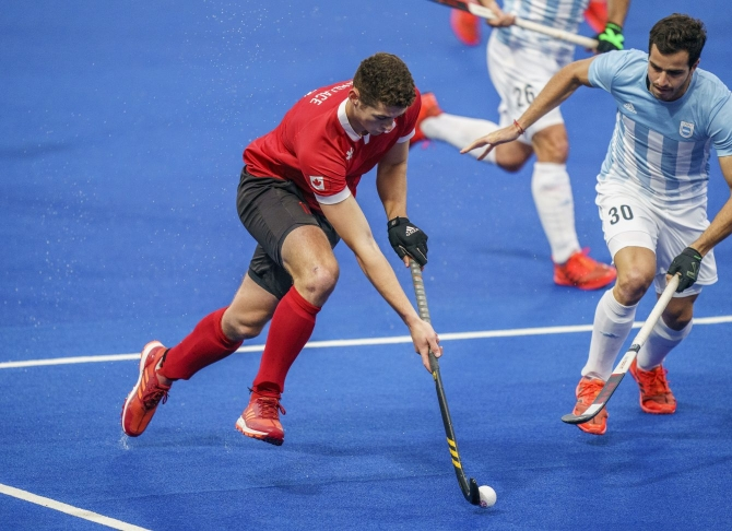 James Wallace en action contre l'Argentine lors de la finale de hockey sur gazon aux Jeux panaméricains de Lima, au Pérou, le 10 août 2019. Photo : Dave Holland/COC