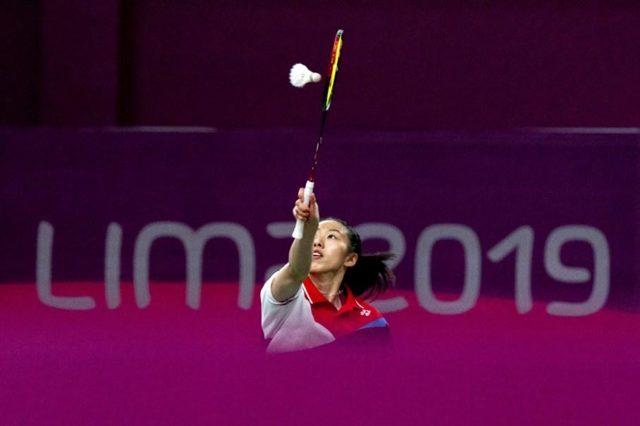Michelle Li pendant la demi-finale du simple féminin à Lima 2019.