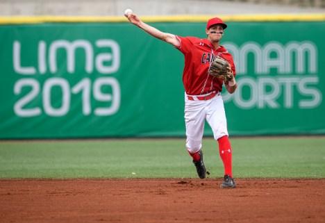 Wesley Darvill joue au baseball pendant Lima 2019