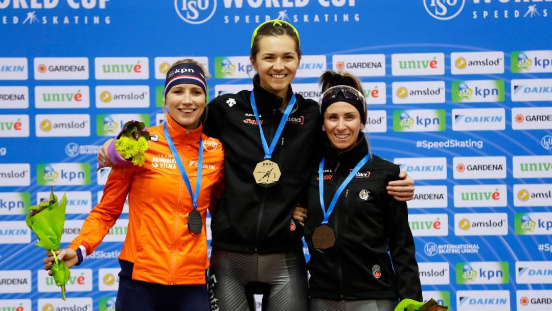 Podium du 3000 m de patinage de vitesse féminin de la Coupe du monde de Minsk