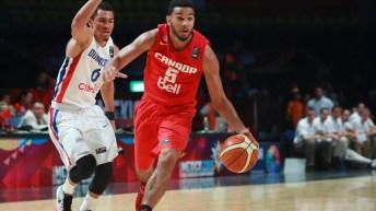 Équipe Canada et son trophée de l' AmériCup FIBA 2017