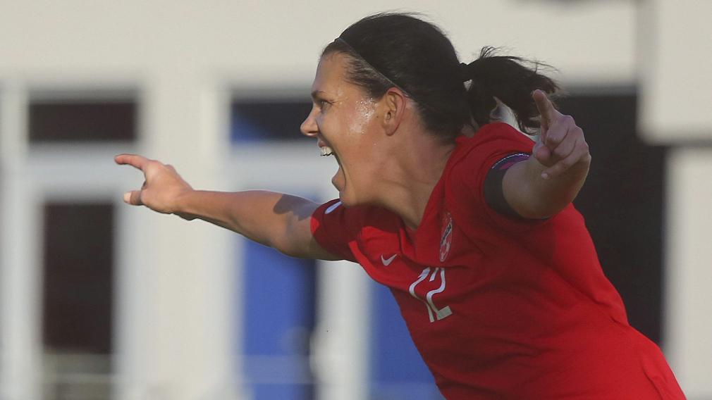 Comment les athlètes d'Équipe Canada ont réagi au but historique de Christine Sinclair