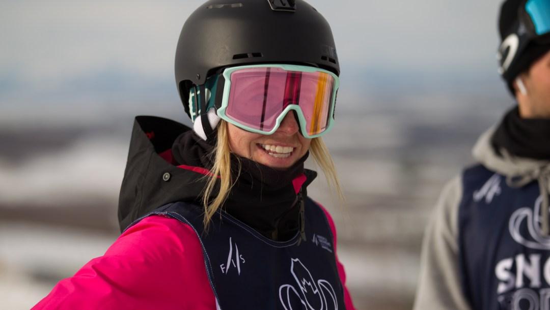 laurie-blouin-snowboard-equipe-canada-coupe-monde-calgary